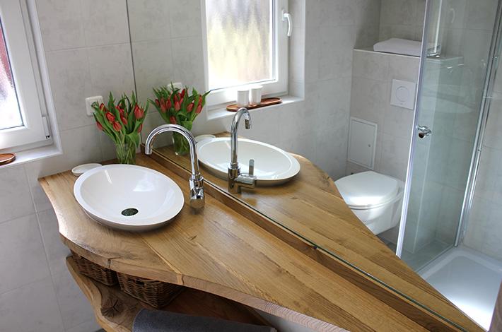 waschtisch mit ablage und amazing waschtisch waschbecken. Black Bedroom Furniture Sets. Home Design Ideas